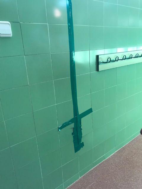 Cambiemos Murcia acusa a Cs y PP de presentar la iniciativa sobre libros de texto en un centro educativo que tienen abandonado - 3, Foto 3