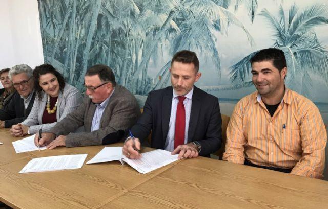 El Ayuntamiento de Torre Pacheco firma un Convenio de Colaboración con la Asociación Local de Pensionistas de Dolores de Pacheco - 3, Foto 3