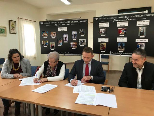 El Ayuntamiento de Torre Pacheco firma un Convenio de Colaboración con la Asociación Local de Pensionistas de Balsicas - 2, Foto 2
