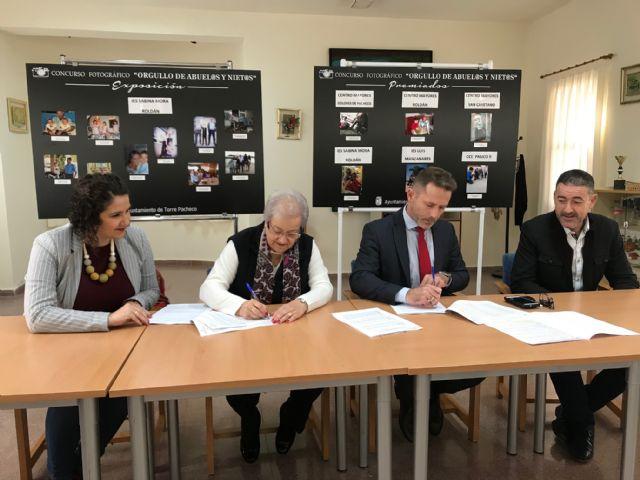 El Ayuntamiento de Torre Pacheco firma un Convenio de Colaboración con la Asociación Local de Pensionistas de Balsicas - 4, Foto 4
