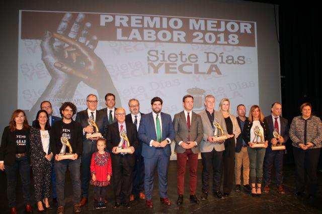 López Miras preside el acto de entrega de los Premios Siete Días, organizados por el periódico Siete Días Yecla - 1, Foto 1