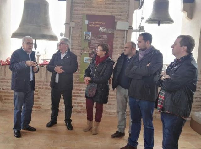El Ayuntamiento concede una subvención de 14.000 euros a la parroquia de Santiago para colaborar en el proyecto de musealización de la Torre de la Iglesia, Foto 1
