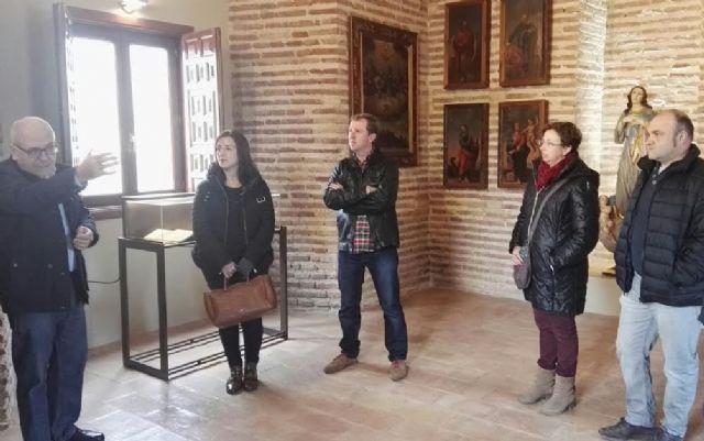 El Ayuntamiento concede una subvención de 14.000 euros a la parroquia de Santiago para colaborar en el proyecto de musealización de la Torre de la Iglesia, Foto 4