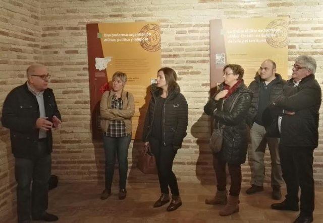 El Ayuntamiento concede una subvención de 14.000 euros a la parroquia de Santiago para colaborar en el proyecto de musealización de la Torre de la Iglesia, Foto 6