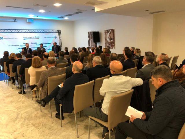 Fulgencio Gil: Lorca es uno de los municipios más saneados y competitivos de España gracias a la bajada de impuestos - 1, Foto 1