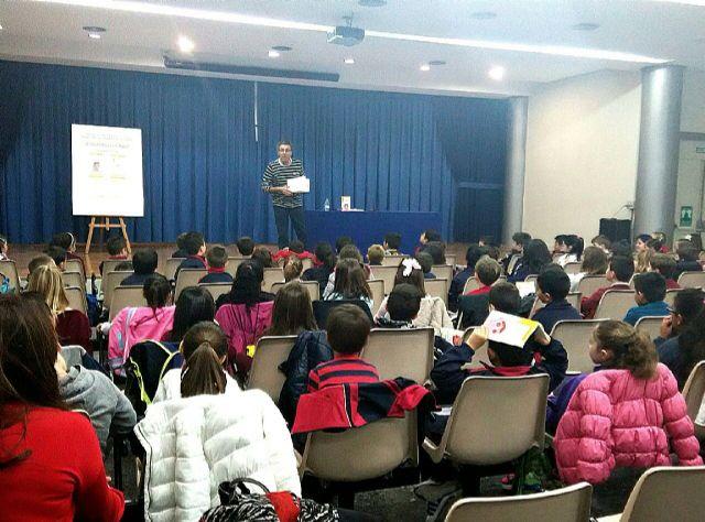 El Grupo Lechuza hablará de su libro Carla y Lechuga 1. ¡Maldito ingenioso a 300 escolares lorquinos con los Encuentros con autor - 1, Foto 1
