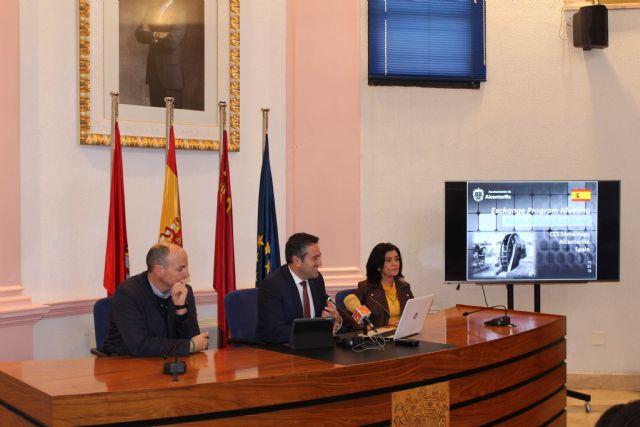 El alcalde recibe a las representaciones de ocho centros, de diferentes países, dentro de uno de los programas Erasmus - 4, Foto 4