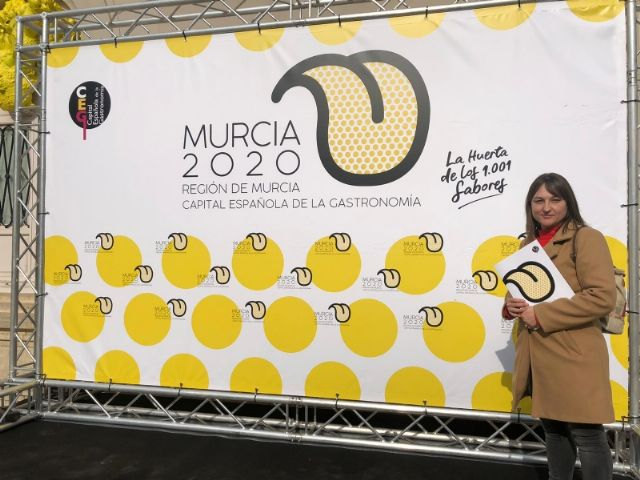 """The mayor of Totana and the Councilor for Tourism attend the presentation of the project """"Murcia 2020, Spanish capital of Gastronomy"""" at the Romea Theater, Foto 5"""