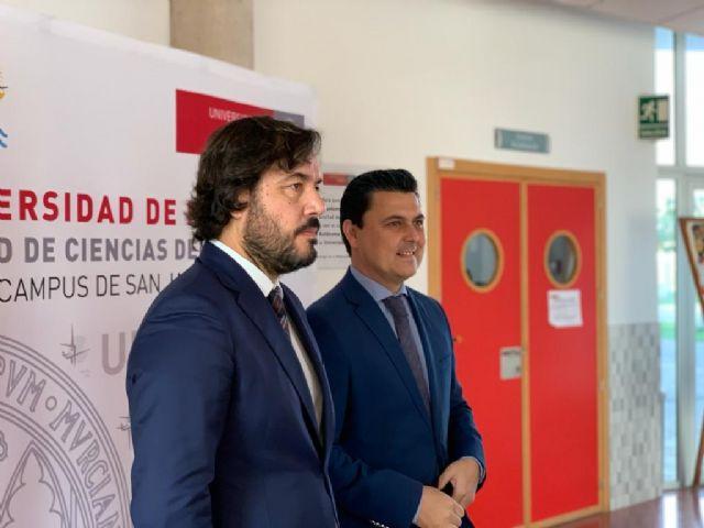 Motas visita la Facultad de Ciencias del Deporte de la Universidad de Murcia en San Javier - 2, Foto 2