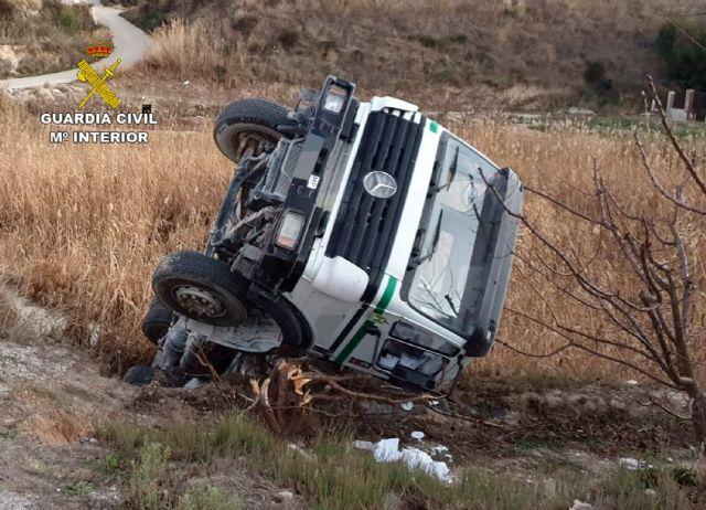 La Guardia Civil investiga al conductor de una hormigonera por quintuplicara la tasa de alcoholemia - 3, Foto 3