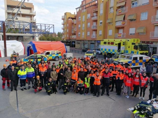 La Comunidad expone material para la atención de emergencias y realiza exhibiciones en Alcantarilla por el Día Europeo del 1-1-2 - 1, Foto 1