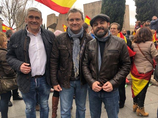 """Miguel Sánchez: """"Hoy miles de españoles hemos dicho 'sí' a la Constitución y la Justicia, hemos dicho alto y claro que queremos votar"""", Foto 2"""