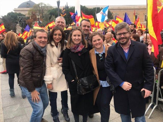 """Miguel Sánchez: """"Hoy miles de españoles hemos dicho 'sí' a la Constitución y la Justicia, hemos dicho alto y claro que queremos votar"""", Foto 3"""