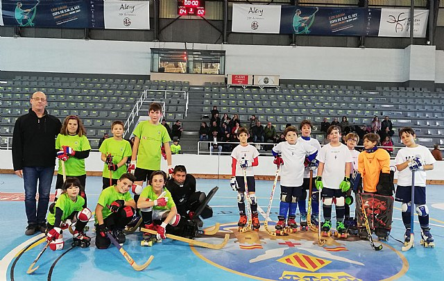 Los benjamines del Club Hockey Patines Totana se desplazaron a Alcoy, Foto 1