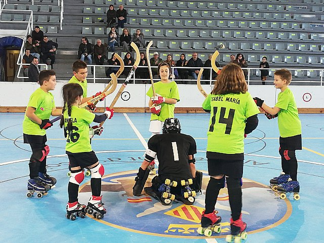 Los benjamines del Club Hockey Patines Totana se desplazaron a Alcoy, Foto 2