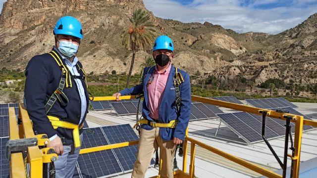 Inaugurada una instalación solar en la cubierta del pabellón de Ojós - 1, Foto 1