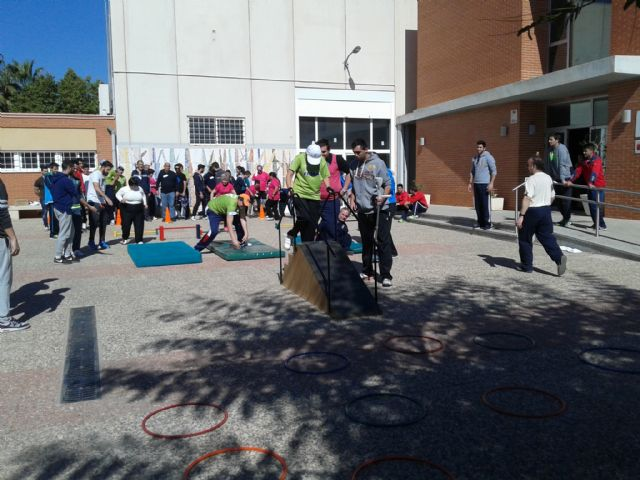 "The Day Centre for Physical Disabilities ""José Moya Trilla"" organizes a special day dedicated to sport and games - 6"