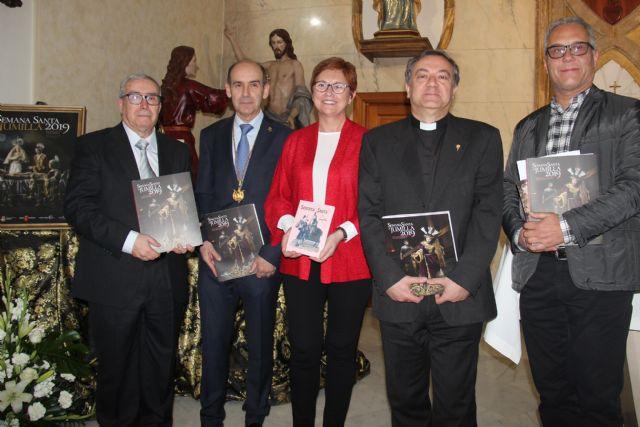 El maestro Miguel García presenta el libro de Semana Santa 2019 - 1, Foto 1