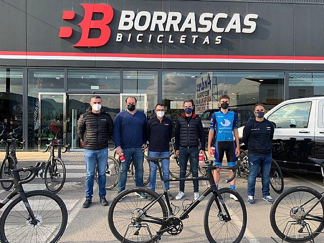 Bicicletas Borrascas entrega a Valverde Team-Terra Fecundis las Cannondale SuperSix EVO - 1, Foto 1