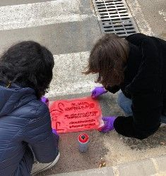 Una campaña medioambiental alerta sobre los residuos que llegan al mar con mensajes en imbornales del municipio - 2, Foto 2