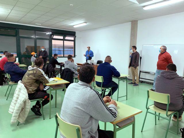 Da comienzo el curso de Patrón Costero Polivalente, tan demandado por el sector pesquero aguileño - 1, Foto 1