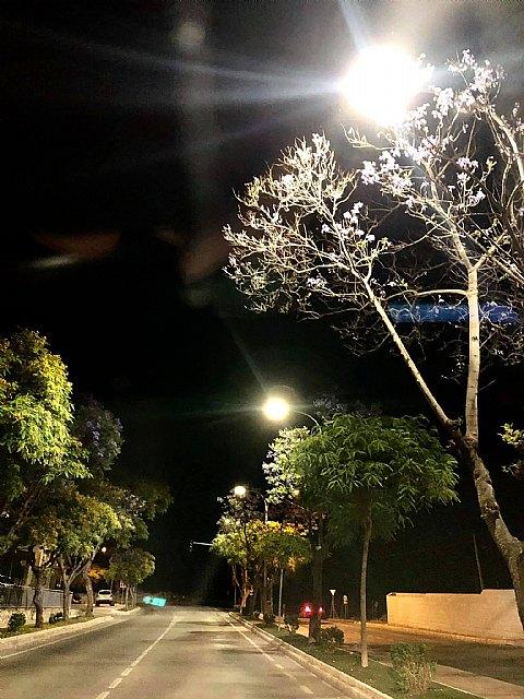 El ayuntamiento mejora el alumbrado en la plaza del romeral y las calles caño y juan alfonso oliva, Foto 1