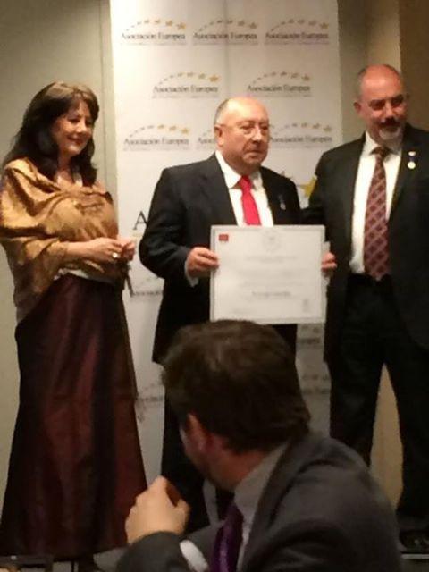 Juan Tomás Rojo, presidente y fundador de Shiro Helmets, Medalla de Oro al Mérito en el Trabajo - 2, Foto 2