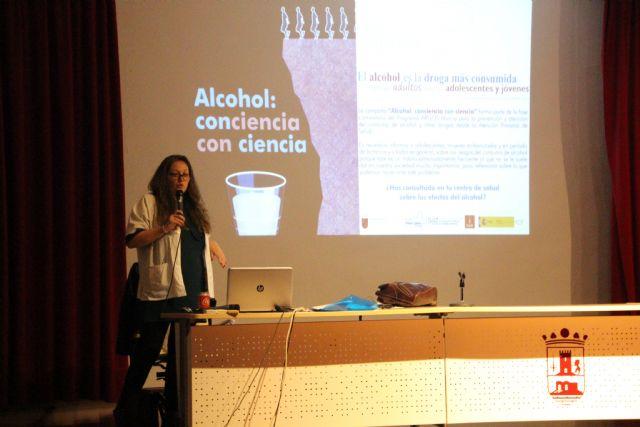 Alumnos de 1° y 2° de ESO se forman sobre prevención en consumo de drogas y alcohol, Foto 1