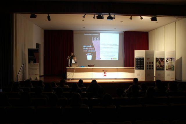 Alumnos de 1° y 2° de ESO se forman sobre prevención en consumo de drogas y alcohol, Foto 2