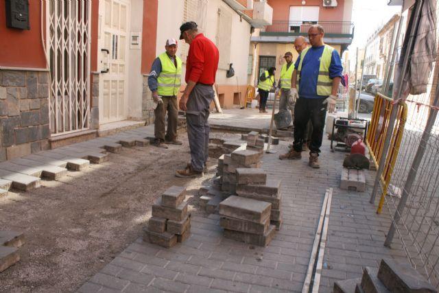 Reparan en las últimas semanas más de 800 metros cuadrados de adoquín en numerosas calles del centro urbano - 5, Foto 5