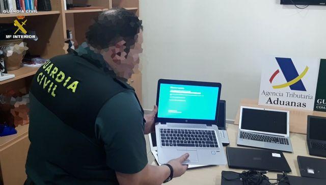 La Guardia Civil recupera en el Puerto de Melilla, gran cantidad de efectos electrónicos y joyas robados en la Península - 2, Foto 2