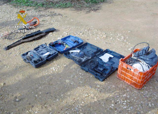 La Guardia Civil desmantela un clan familiar dedicado al robo continuado en casas de campo de Librilla - 3, Foto 3
