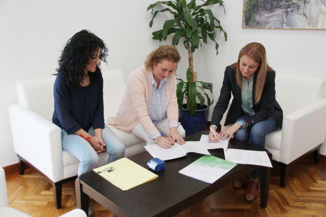 Ayuntamiento y El Candil establecen mejoras de empleabilidad para personas en riesgo de exclusión social, Foto 2