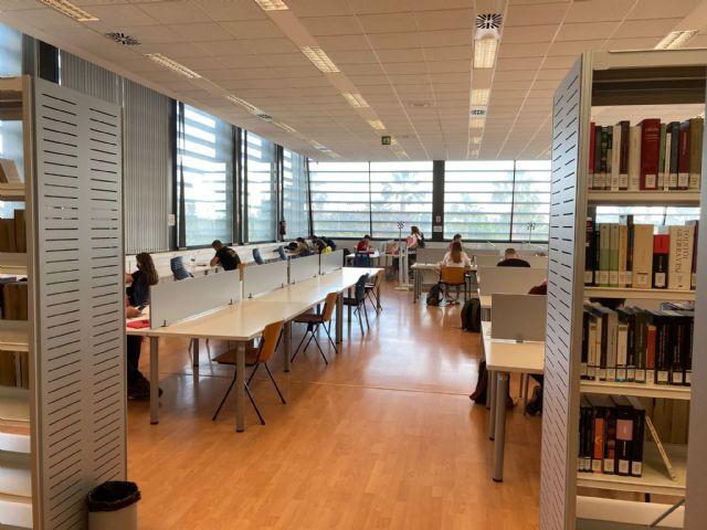 El Ayuntamiento habilita una sala de estudio en la Escuela de Idiomas y amplía el horario de la Biblioteca Municipal - 2, Foto 2