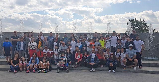 Unos 40 lumbrerenses participan en el torneo final de las Escuelas Deportivas del Real Madrid - 2, Foto 2