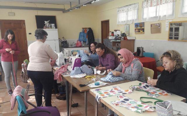 ´Camina entre telas´ mejorará las perspectivas de empleo de 160 mujeres en exclusión, Foto 1