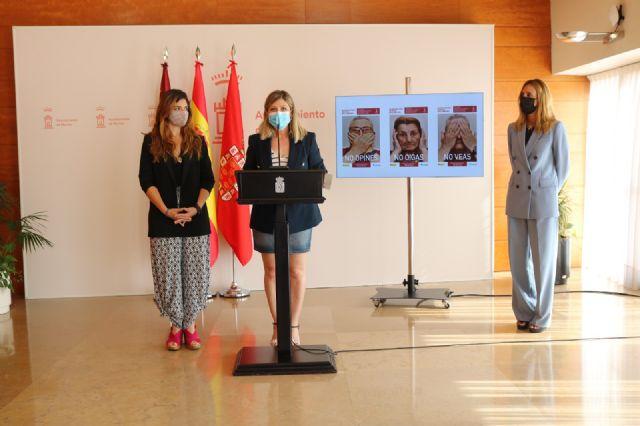 El Ayuntamiento de Murcia se suma a la campaña de sensibilización contra el maltrato a las personas mayores - 1, Foto 1