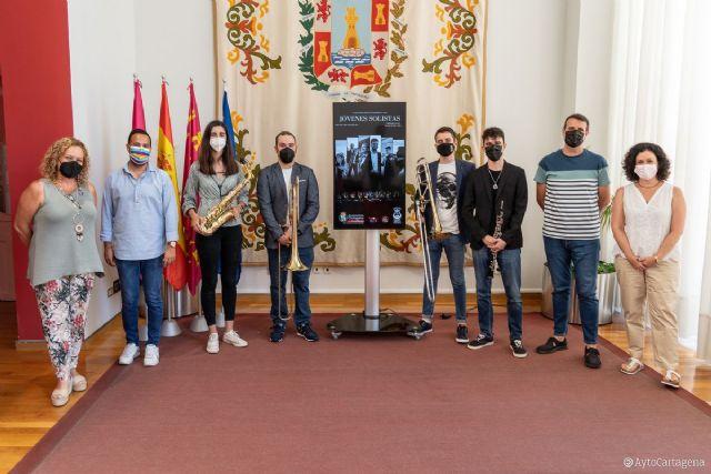 Los Jóvenes Solistas de la Agrupación Musical Sauces homenajean a Franz Liszt y otros autores con un concierto en El Batel - 1, Foto 1