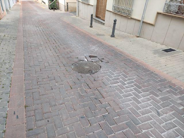 IU VERDES demanda actuaciones urgentes en las zonas deterioradas de las calles con adoquines - 2, Foto 2