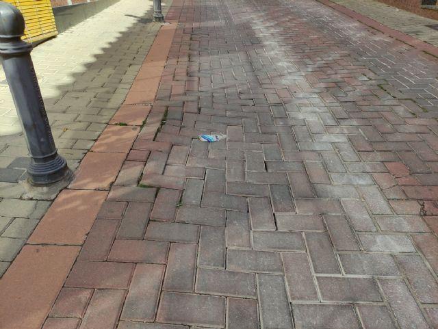 IU VERDES demanda actuaciones urgentes en las zonas deterioradas de las calles con adoquines - 3, Foto 3