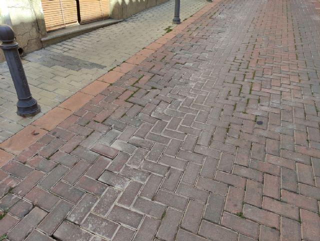 IU VERDES demanda actuaciones urgentes en las zonas deterioradas de las calles con adoquines - 4, Foto 4