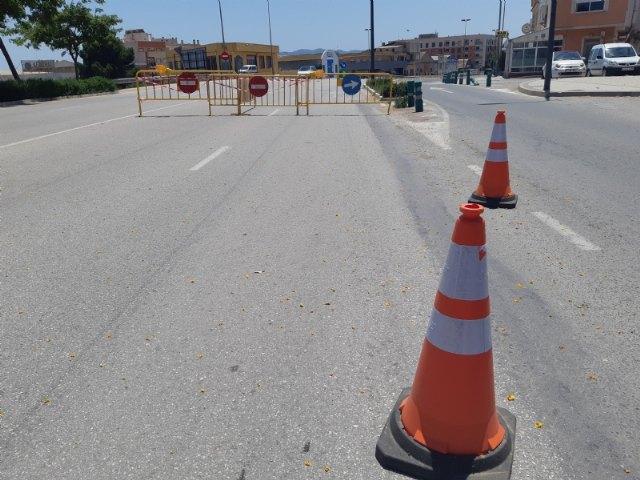 [Se corta al tráfico uno de los carriles del subterráneo de La Turra por un leve desprendimiento de cascotes en el interior de la infraestructura