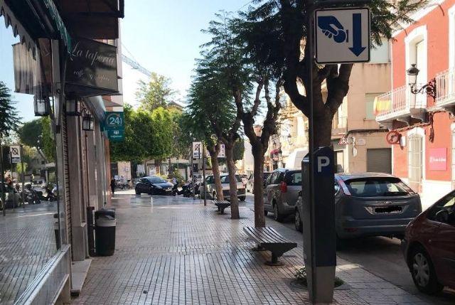 En breve van a comenzar las obras de acondicionamiento de las aceras en la calle Juan XXIII para dinamizar este espacio comercial del casco urbano, Foto 1