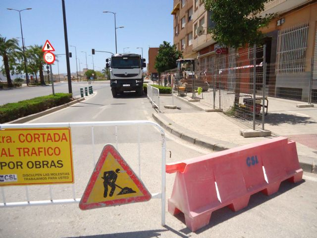 The works for the installation of a section of the sewerage network between Juan Carlos I avenue and Ramón y Cajal street begin - 1