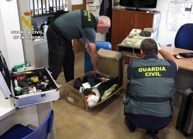 La Guardia Civil desmantela un grupo criminal dedicado al robo en locales comerciales y de ocio - 1, Foto 1