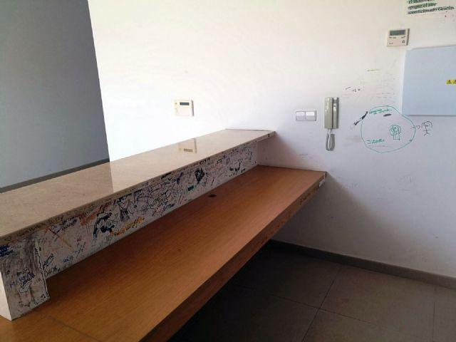 Cs exige al PP la implantación de un sistema de mantenimiento y control del edificio municipal de Alquerías - 4, Foto 4