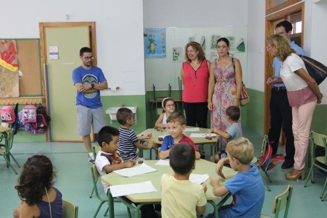 La Comunidad financia con 10.000 euros las escuelas de verano para la conciliación de la vida laboral y familiar en San Pedro del Pinatar - 1, Foto 1
