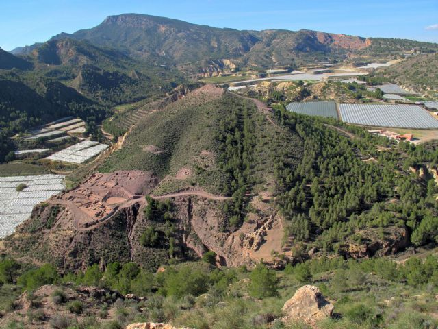 El Ayuntamiento aboga por disponer de un Plan Director para los Yacimientos Arqueológicos de Totana, Foto 1