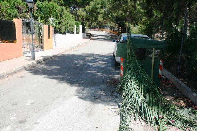 El servicio de recogida de restos vegetales y poda se presta de manera gratuita, Foto 1