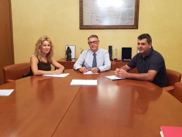 Los alcaldes de Campos del Río y Albudeite se reúnen con el presidente de la CHS, Foto 1